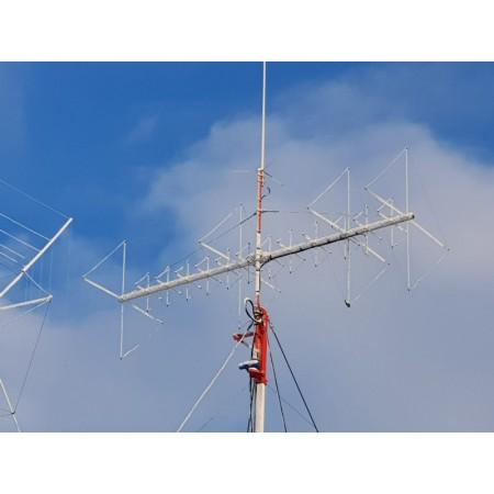 antenne quad sous la neige