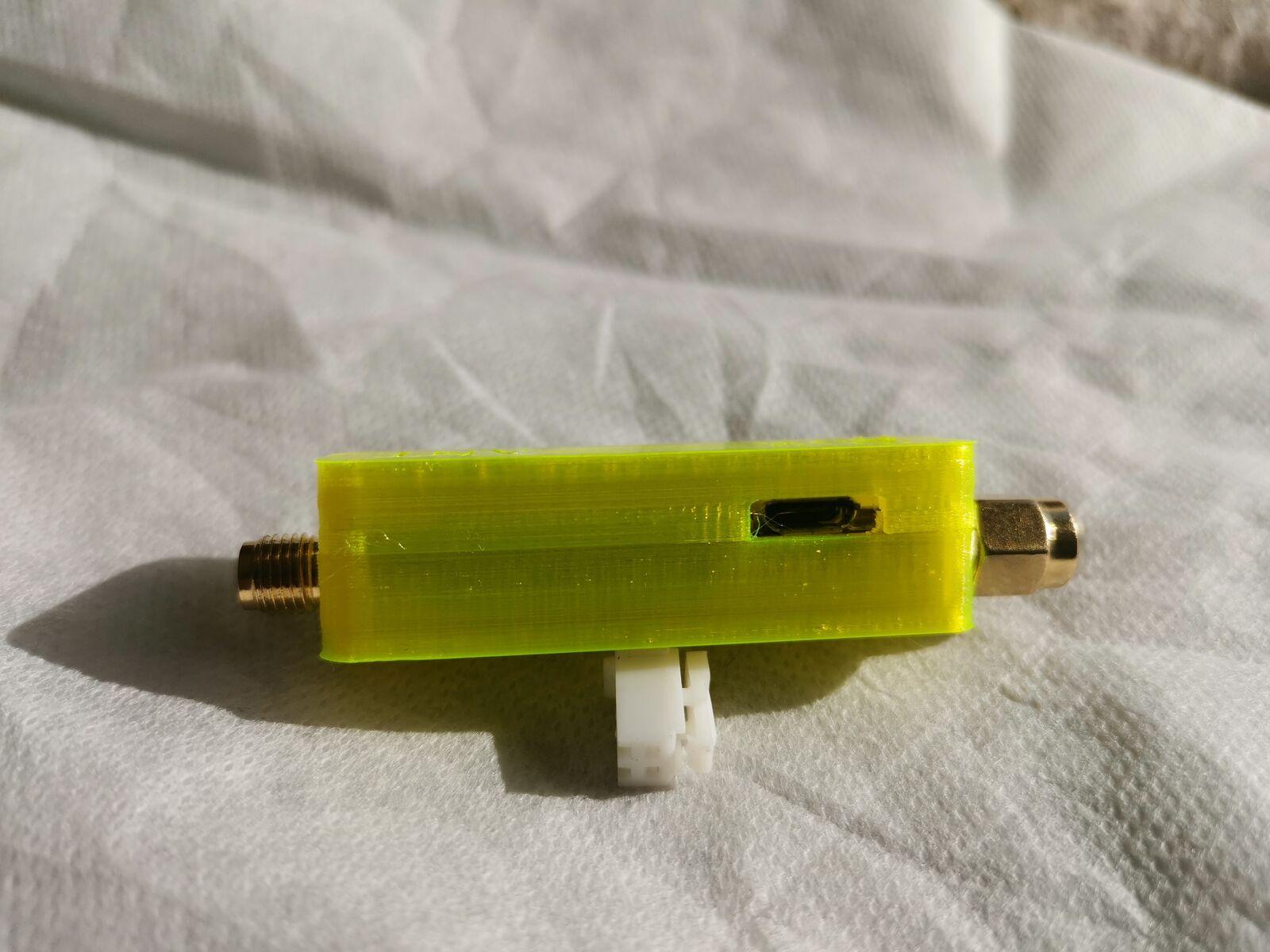boitier 3d lna 137 mhz